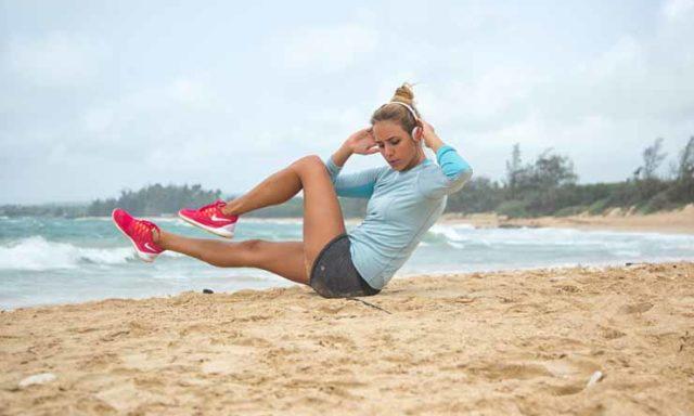تجربة صيفية مختلفة: ستحب تجربة تمارين اللياقة البدنية هذه على الشاطئ