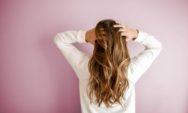 لتكثيف الشعر، إليك 4 علاجات منزلية فعالة