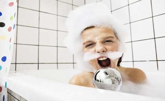 9 اخطاء تجنبها اثناء الاستحمام!