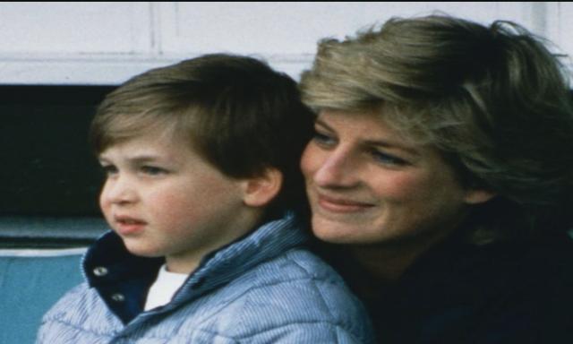 شاهد …12 صورة نادرة للأميرة ديانا رفقة ابنها الأمير ويليام