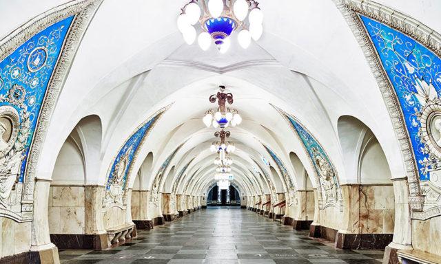 بين سحر الفخامة وروعة الابداع .. بالصور جمال محطات المترو الملكية في موسكو