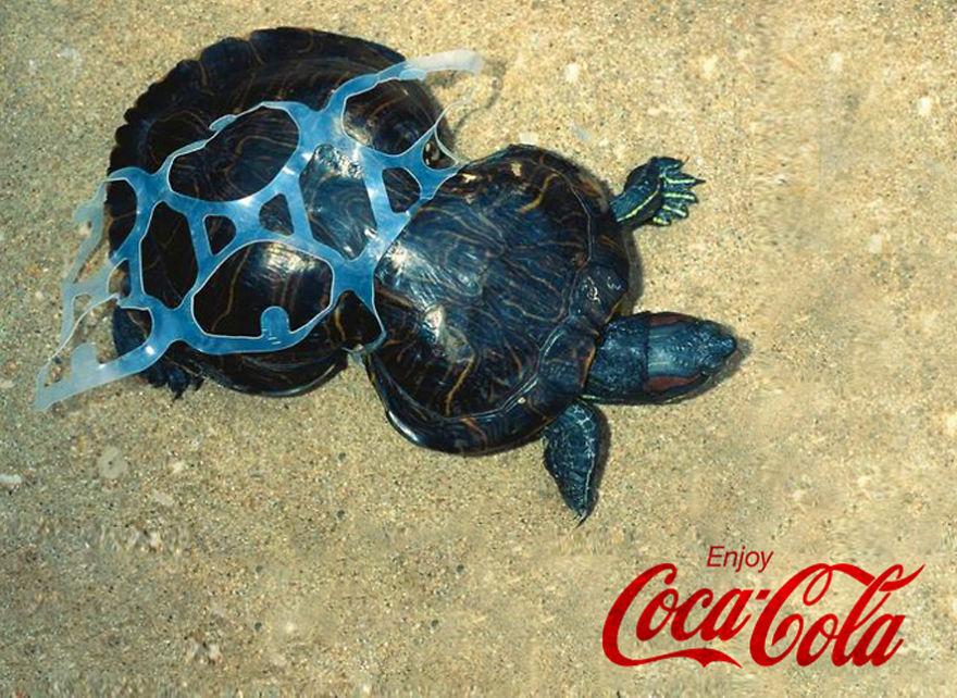 مصمم إعلانات الشركات الكبرى بالعالم يظهر الجانب الخفي لمنتجاتها 1