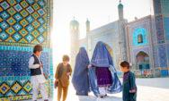 """تيجس بروكامب:""""سافرت إلى أفغانستان لأظهر للناس ما تبدو عليه حقًا"""" (30 صورة)"""