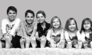 قصتي الفريدة كأم لستة أطفال: ابن فتوأمين ثم ثلاثة توائم