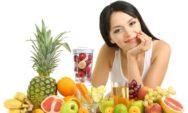 العناية بالبشرة: 10 أطعمة يومية ستمنح بشرتك التوهج والنضارة