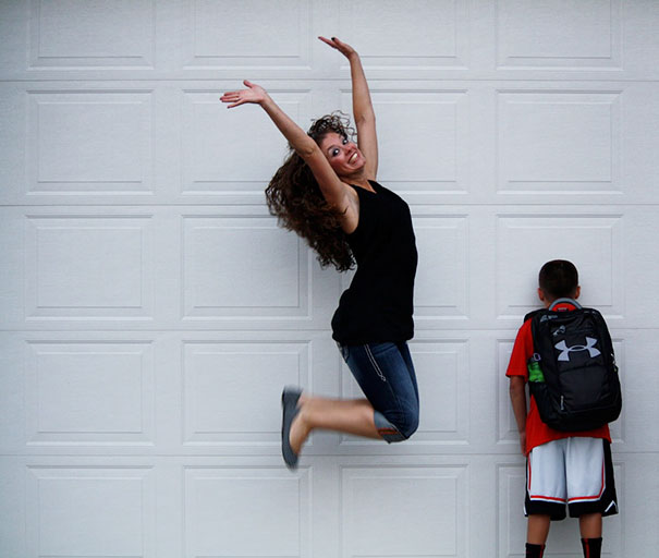طرائف مضحكة: صور توثق فرحة الآباء بعودة أطفالهم إلى المدارس! 12