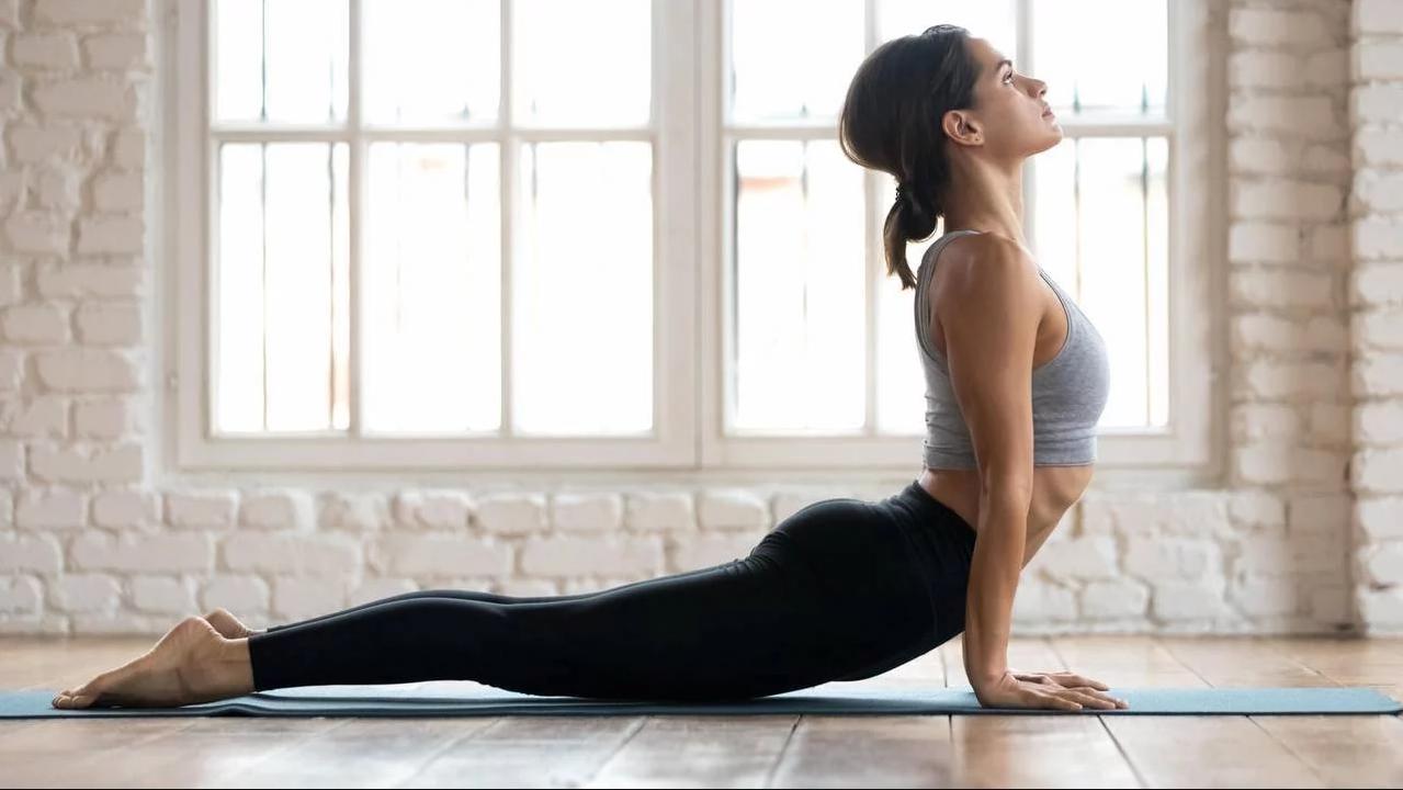 فوائد ممارسة تمارين اليوغا على جسمك وعقلك 1