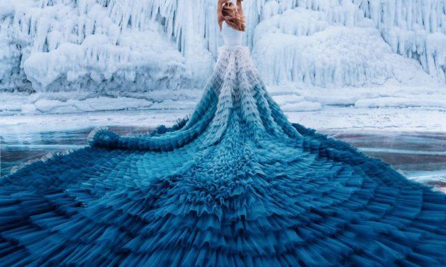 عرض أزياء في أجمل المناظر الطبيعيةبالعالم