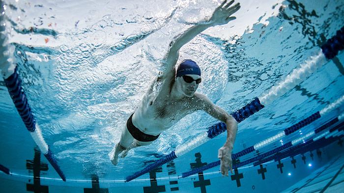 معلومات عن السباحة وفوائدها وطرق ممارستها