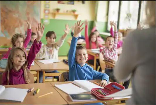 إذاعة مدرسية جاهزة عن الأخلاق كاملة