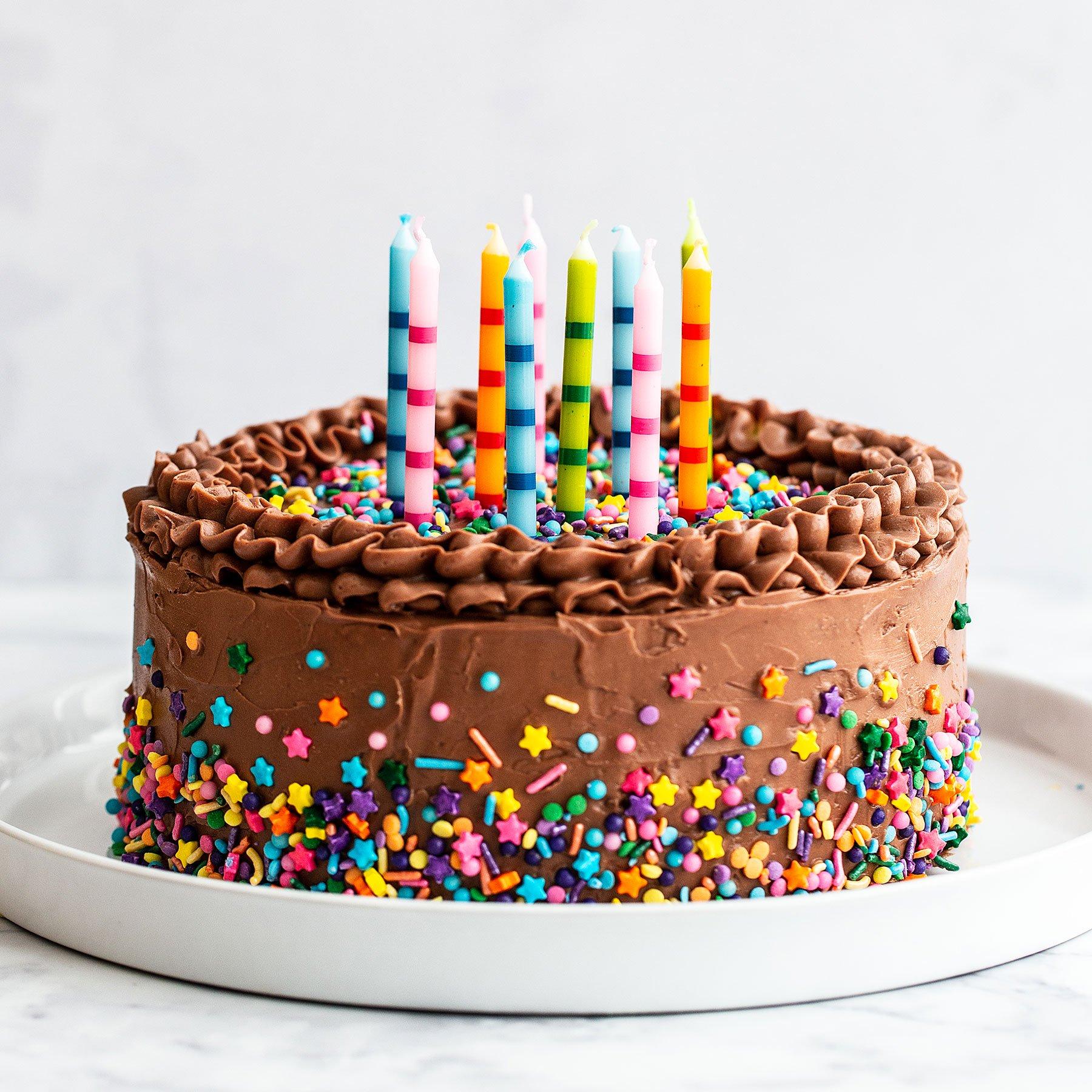 اجمل صور تورتة عيد ميلاد مكتوب عليها اسماء 2020