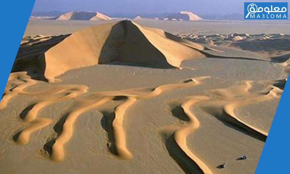 لا تصل الرياح الموسمية إلى منطقة صحراء الربع الخالي بسبب